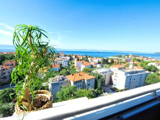 Sunset Apartment with 2 bedrooms and sea view, Spalato