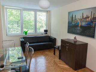 ROYAL PARK - 3 Rooms - Wi-Fi, Warsaw