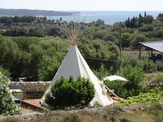 Tipi lounge B and B