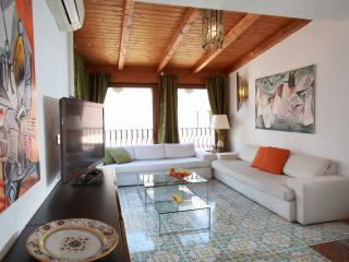 Luxury House Taormina center, terrace, views, pool