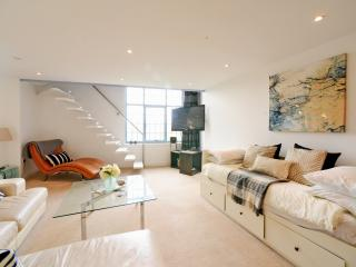 Luxury Quayside Penthouse With View, Newcastle upon Tyne