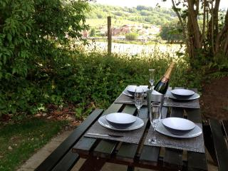 Holiday rentals in Surrey Hills, Guildford