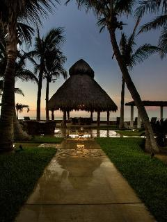 Palapa overlooking the Sea of Cortez with stereo sounds system