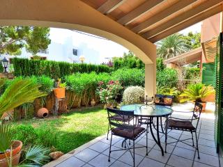 Villa Minerva Alcudia - 50 meters to the beach, Port d'Alcúdia