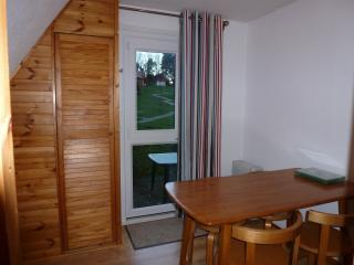 separate dining room, leading out to the rear patio for alfresco dining, bbq and relaxing