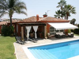 Villa near Sotogrande Costa del Sol sleeps 8