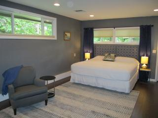 Respite-Eugene 'one bedroom suite'