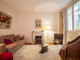 Charming flat near Luxembourg park, Paris