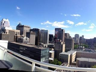 AN AMAZING PRIVATE HUGE PATIO Penthouse 2Bd 2Bath, Montreal