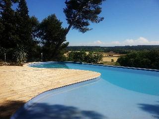 La petite maison dans la clairière - piscine - spa, Castelnaudary