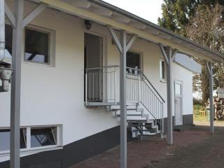 Modern apartment with pond view, WiFi, Lauterecken