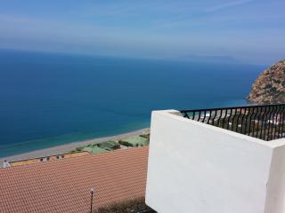 Villa a Capo Calavà di fronte alle isole Eolie