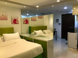One Palm Tree Condo near NAIA T3 Manila, Pasay