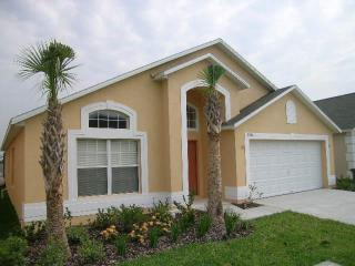 Family villa in the heart of the Disney area!, Kissimmee