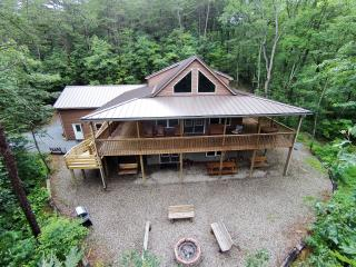 Chocolate Moose Chalet Lake Raystown Slp 20-5 Bdrm, Huntingdon