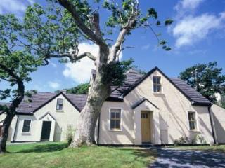Cliff Holiday Cottages Type B - 3 Bed, Clifden