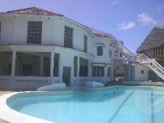 Malindi Villa Round House
