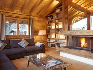 Luxury 7 bedroom chalet - Chamonix, sleeps 15+, Argentière