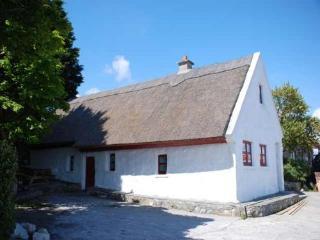 Tithe Na Cora,Bealadangan, Connemara, Co.Galway