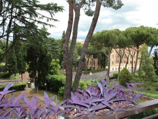 Giardino Vaticano 1, Rome