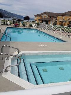 3 Bedroom lake front ground level Condo, Kelowna