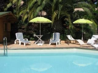 Nice Ouest tres belle villa, vrai havre de paix