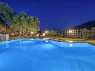 Limneon Villa Elia