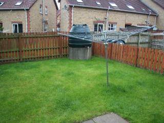 Rear garden (enclosed, with lockable gate)