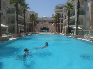 penthouse eilat  pool 2 mn beach jacussi luxury pa, Eilat