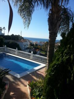 Panoramavilla med uppvärmd pool och fantastisk utsikt over Medelhavet
