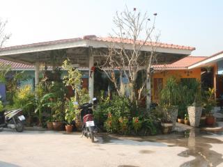 Garden  Resort Pong, Chonburi