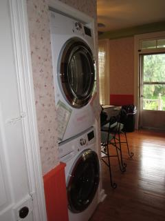 Full Size Washer and Dryer in Kitchen
