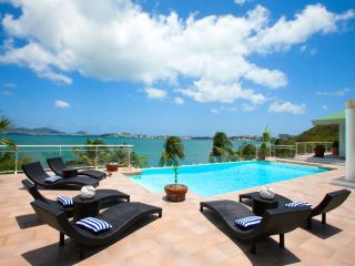 SPERANZA... Gorgeous lagoon waterfront villa, full AC, stunning views!, Saint-Martin