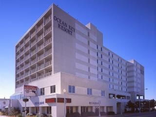 Ocean Key Resort Condo Dec.10-17, Only $299/Week!, Virginia Beach