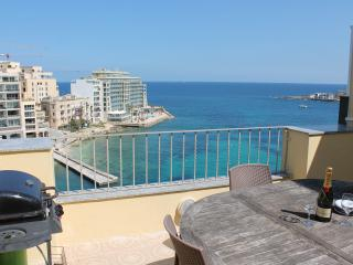 Spinola bay Penthouse - St Julians, San Ġiljan