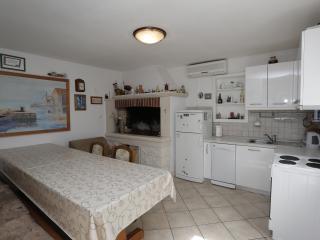 Apartment Ivan Supetar