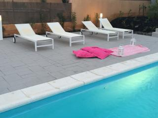 WONDERFUL VILLA WITH PRIVATE SWIMMING POOL NEAR THE BEACH