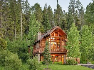 Log Cabin Luxury at Teton Springs - Sleeps 12 - Full Club Amenities!, Víctor