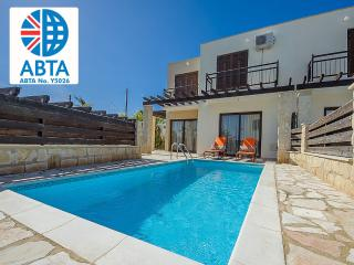 Oceanview Villa 010 - on a private gated complex, Protaras