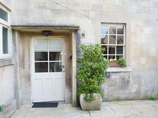 Private Entrance & Courtyard to Wee Grange