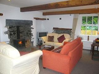 Beautiful, spacious cottage in stunning location, wifi, Sky, enclosed garden
