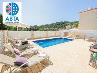 Oceanview Villa 060 - 4 bed with rooftop terrace, Protaras