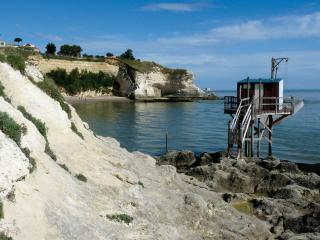 Proche de l'océan chambre avec petit déjeuner, Mortagne-sur-Gironde
