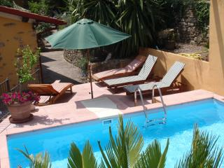 Villa Montegrappa with pool for 8 persons and big private garden.