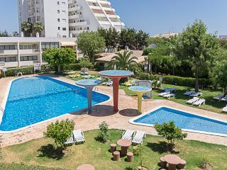 Twist Purple Apartment, Portimão, Algarve, Portimao