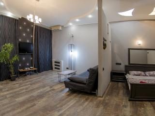 Studio apartment for rent in Kiev on Proreznaya st