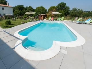 Appartement Sanguine : piscine, plage à pieds,golf