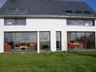 Maison en bois orientée sud ouest vue Marais salan, Guerande