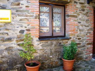 Casa Tinao/El Jiniebro para 4 pax,desayunos,wi-fi,