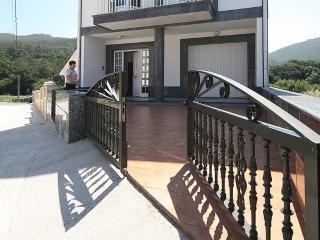 Apartment in Lariño, A Coruña 102041, Muros